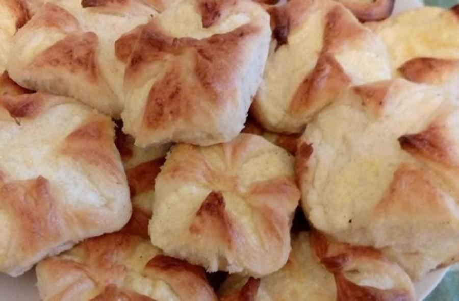 Egyszerű és finom túrósbatyu recept -reggelinek is tökéletes!