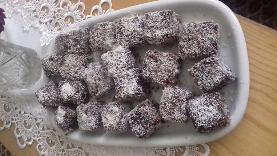 Gyermekkorunk kedvenc sütije: a legjobb kókuszkocka recept!