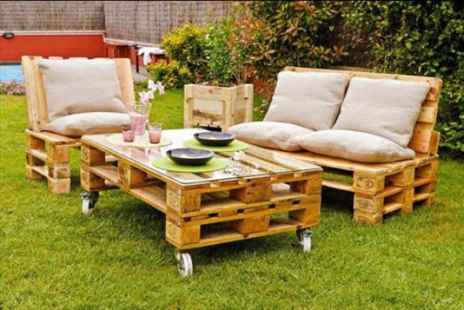 Bútorok, amiket raklapokból is könnyedén elkészíthetsz!
