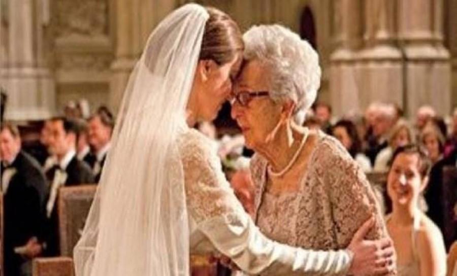 Elpanaszolta nagyanyjának, hogy a férje megcsalta – A mama válaszát egy életre megjegyezte!