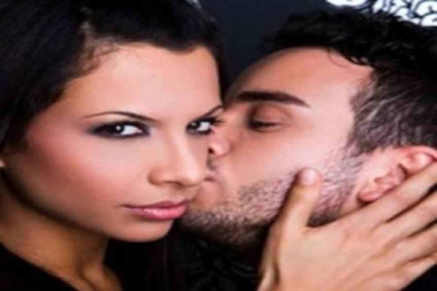 Hogy csókol meg a férfi? Ezt árulja el róla!
