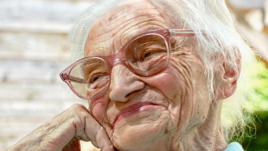 Egy 90 éves asszony tanácsai az életről: olvasd el őket hetente!