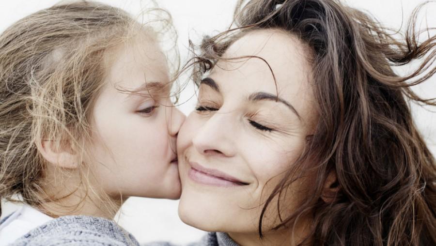 Gyönyörű vers az anyákról, garantáltan könnyet csal a szemekbe!